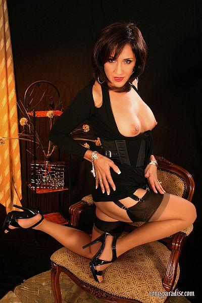 roni-multistrap-suspenders-stockings
