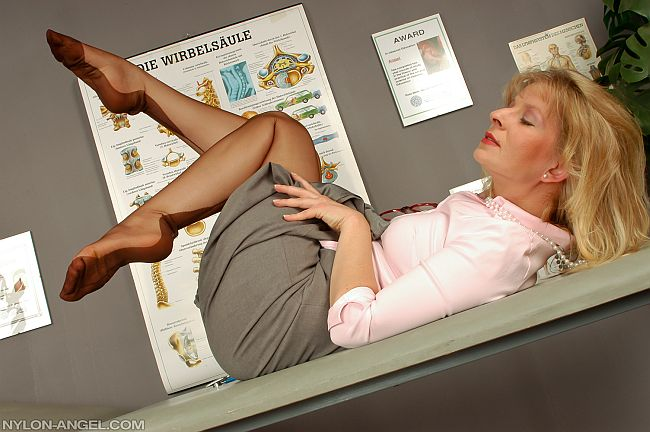 Blonde German MILF Showing Off Her Sexy Feet In Seamed Nylon Stockings And Heels