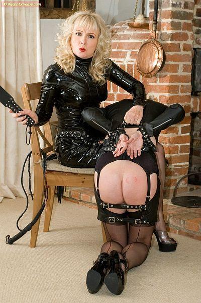 High heels seamed stockings garter belt prick in her anus